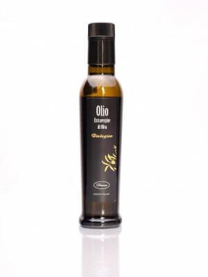 flasche mit olivenöl con diana aus kalabrien