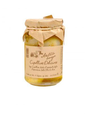 zwiebeln in olivenoel eingelegt von terre dell etruria in der toskana