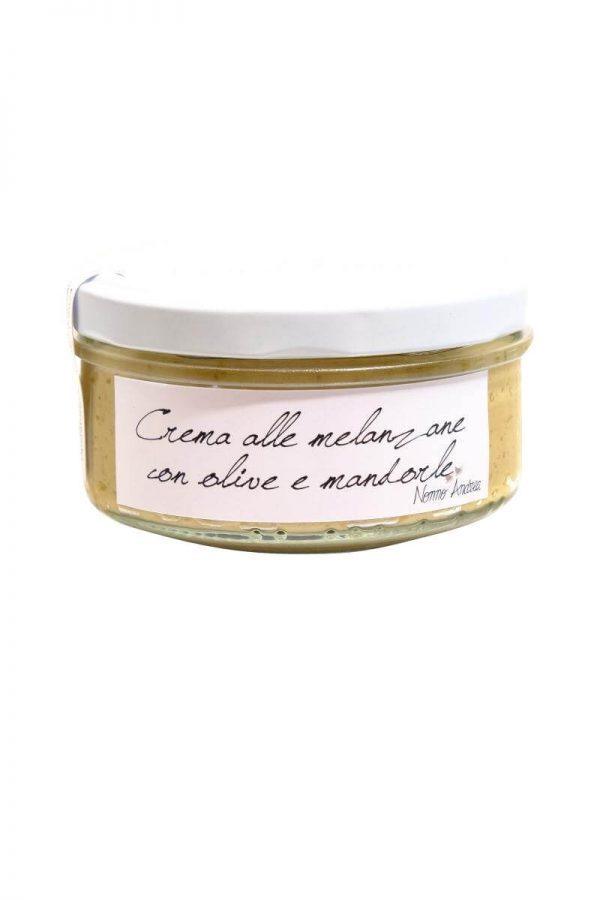 melanzani oliven mandelcreme aufstrich fuer crostini im glas von nonno andrea aus treviso