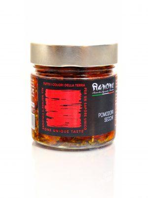 sonnengetrocknete tomaten in olivenöl mit kräutern eingelegt vom familienbetrieb agnoni im latium